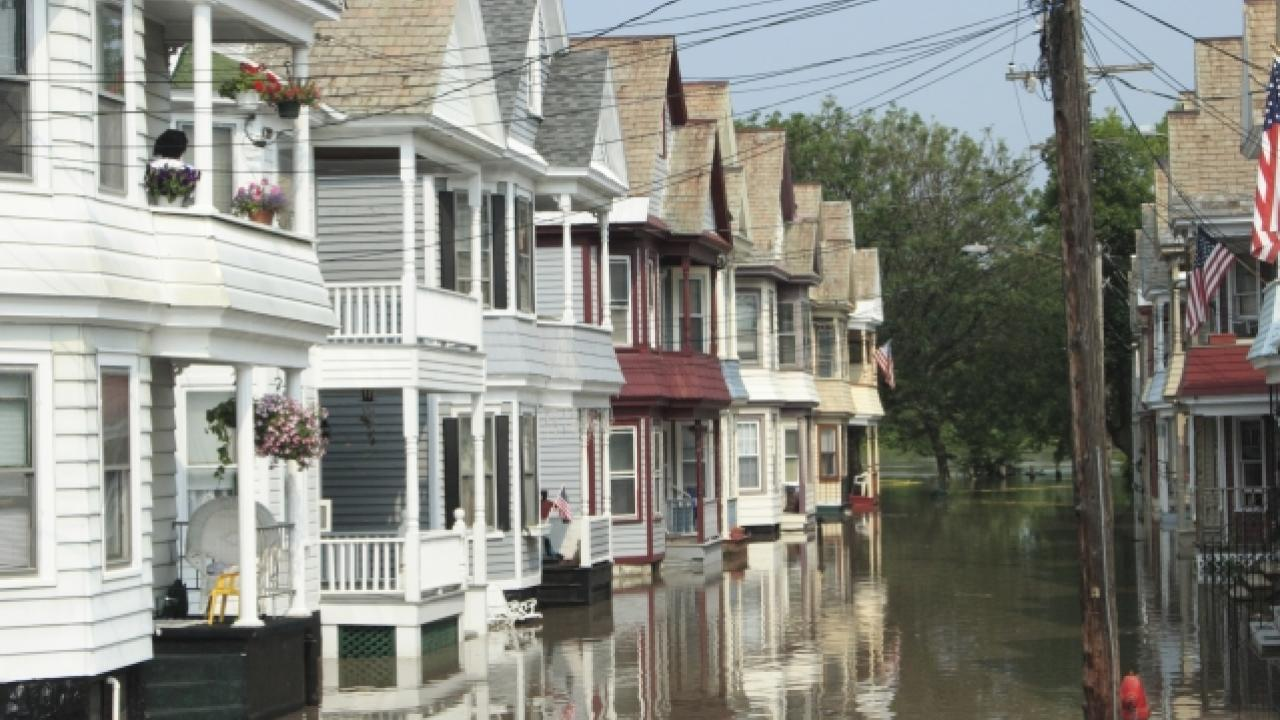 Houses on the Mohawk River in New York State during a flood in June 200